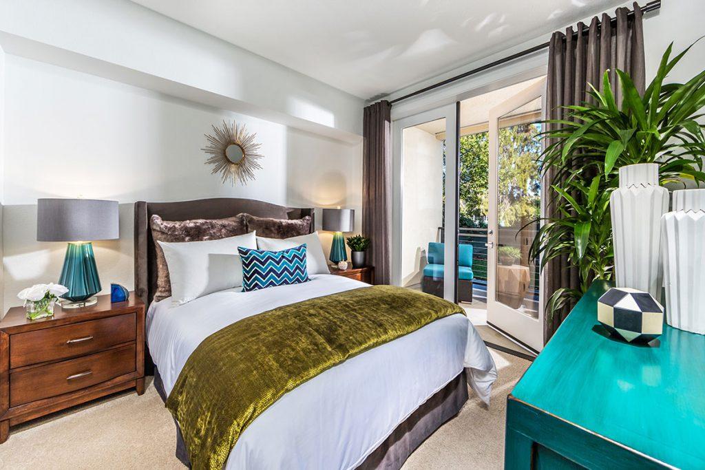 6tenEAST - Plan J2: Bedroom 1