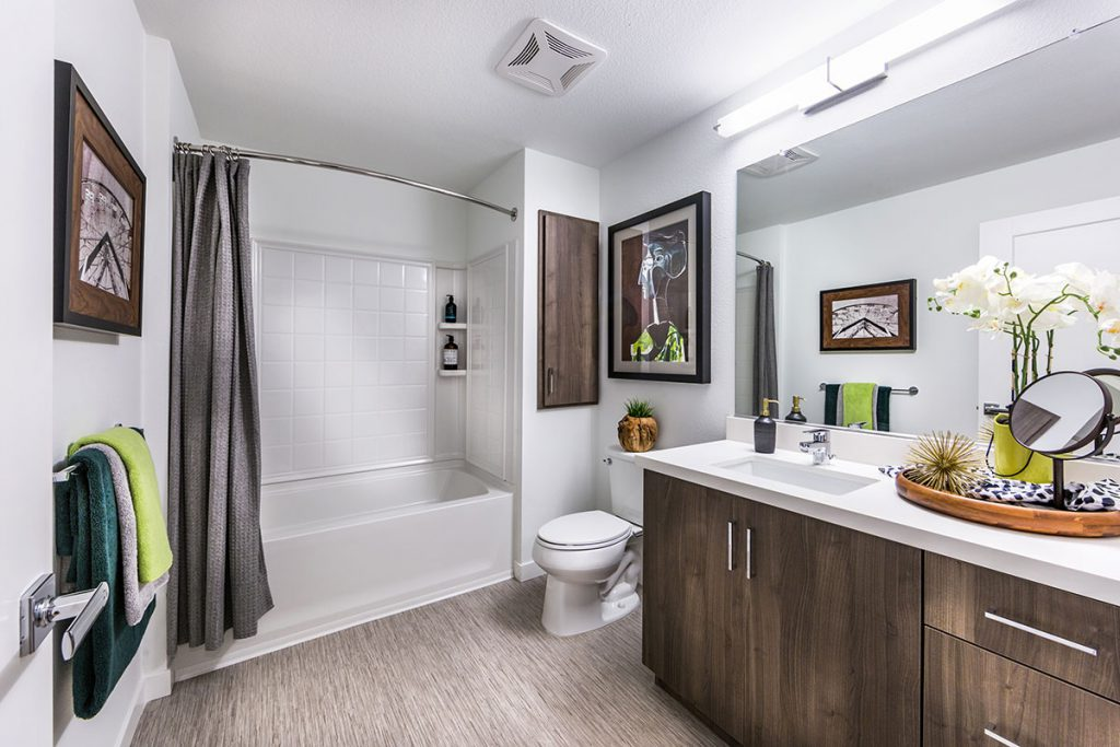 6tenEAST - Plan J2: Bath